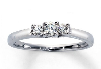 diamond ring 3 stones